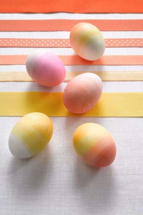 25 Creative Ways to Dye Easter Eggs - Cool Easter Eye Dye Ideas