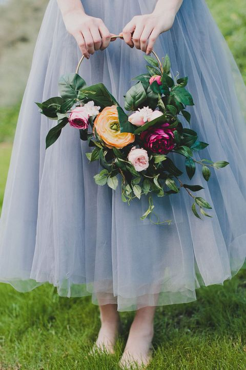 Floral Hoops Are Going to be 2017\'s Biggest Wedding Flower Trend ...