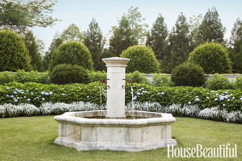 garden fountain design pictures