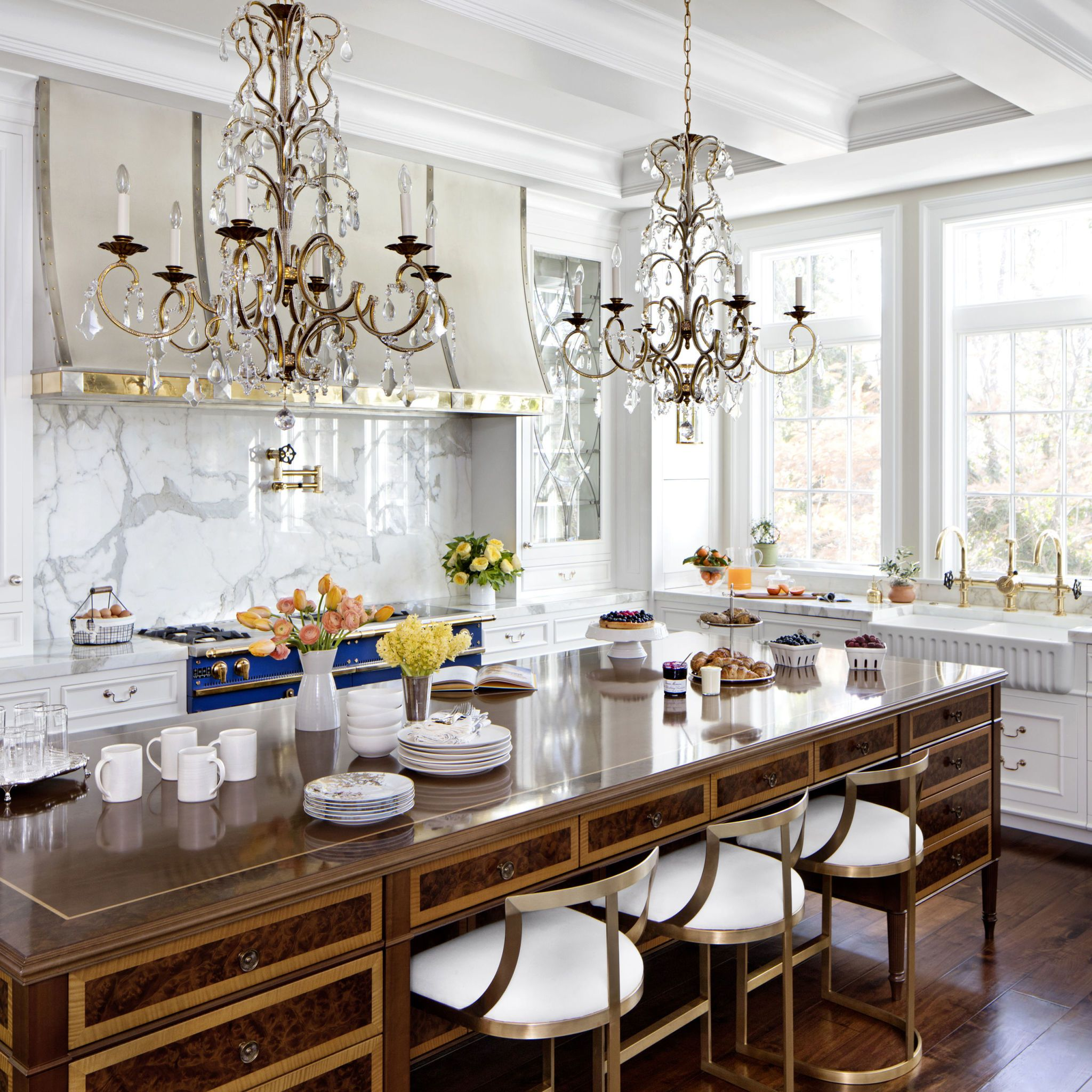 Formal White Kitchen