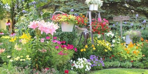 """This Enchanting """"Junk Garden"""" Is Filled With Genius Ways to Repurpose Your Old Stuff"""