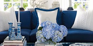 Blue And White Decor Style