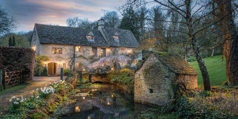 Natural landscape, Home, Building, Estate, House, Sky, Cottage, Tree, Architecture, Landscape,