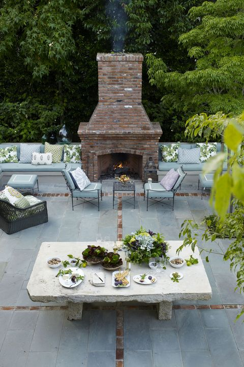 25 Outdoor Fireplace Ideas