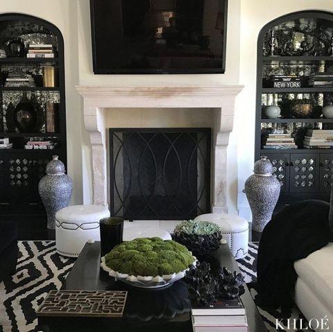 khloe kardashian living room khloe kardashian 39 s home. Black Bedroom Furniture Sets. Home Design Ideas