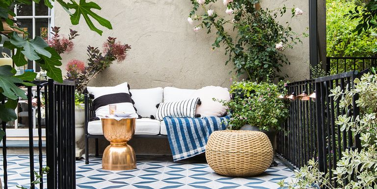 These are pinterest 39 s top outdoor decor trends for summer for Outdoor furniture trends 2018