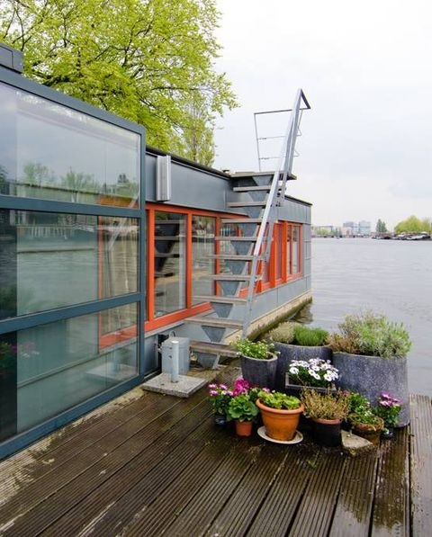 dutch houseboat
