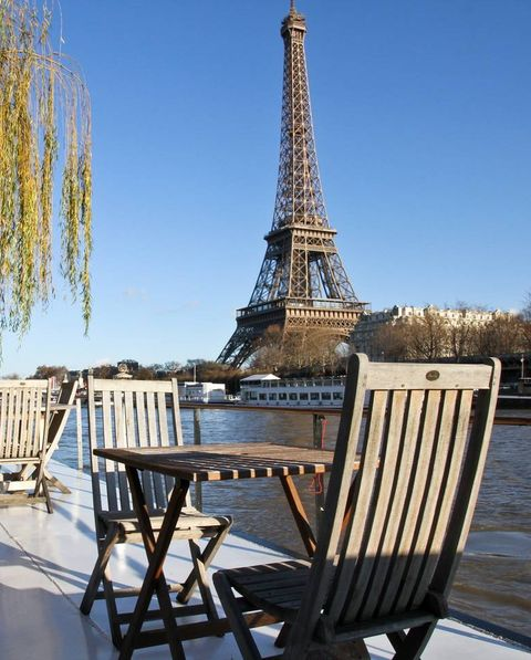 paris houseboat view