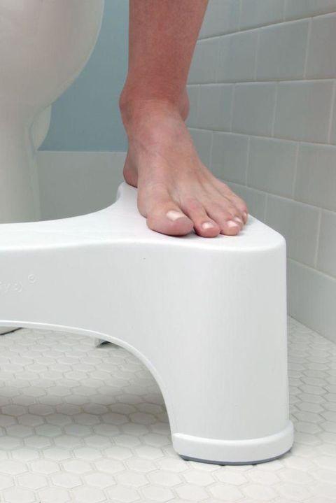 Leg, Plumbing fixture, Foot, Human leg, Hand, Plumbing, Tap, Toilet, Bathtub, Step stool,