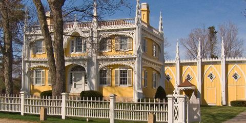 Building, Home, Property, House, Architecture, Mansion, Estate, Historic house, Real estate, Stately home,