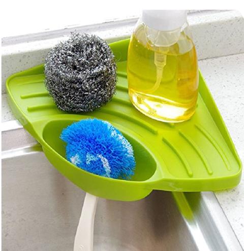 Bathroom accessory, Plastic, Tray, Table, Glass, Tableware, Household supply, Serveware, Sponge, Plate,