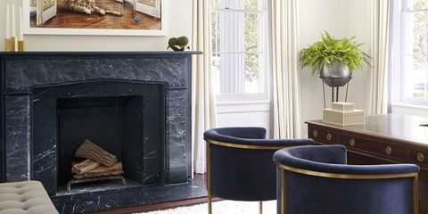 Hearth, Fireplace, Black, Room, Property, Furniture, Wood-burning stove, Interior design, Floor, Material property,