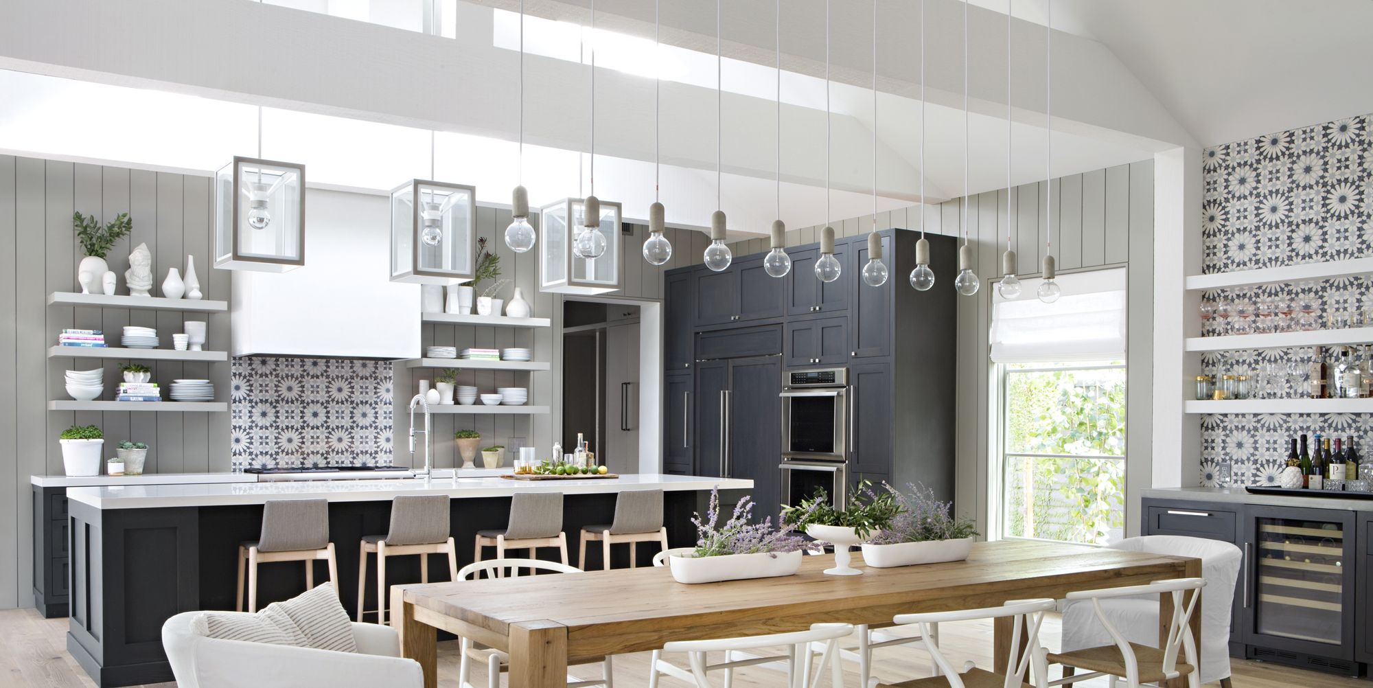 14 Grey Kitchens That Are Totally Calming To Cook In