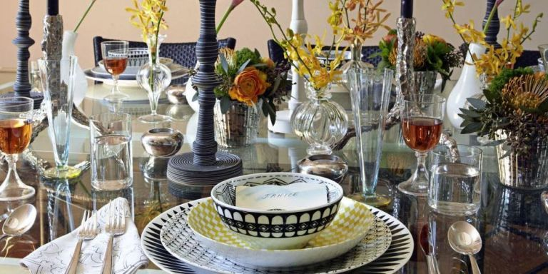 & 15 Fall Table Decorations - Ideas for Autumn Tablescape and Settings