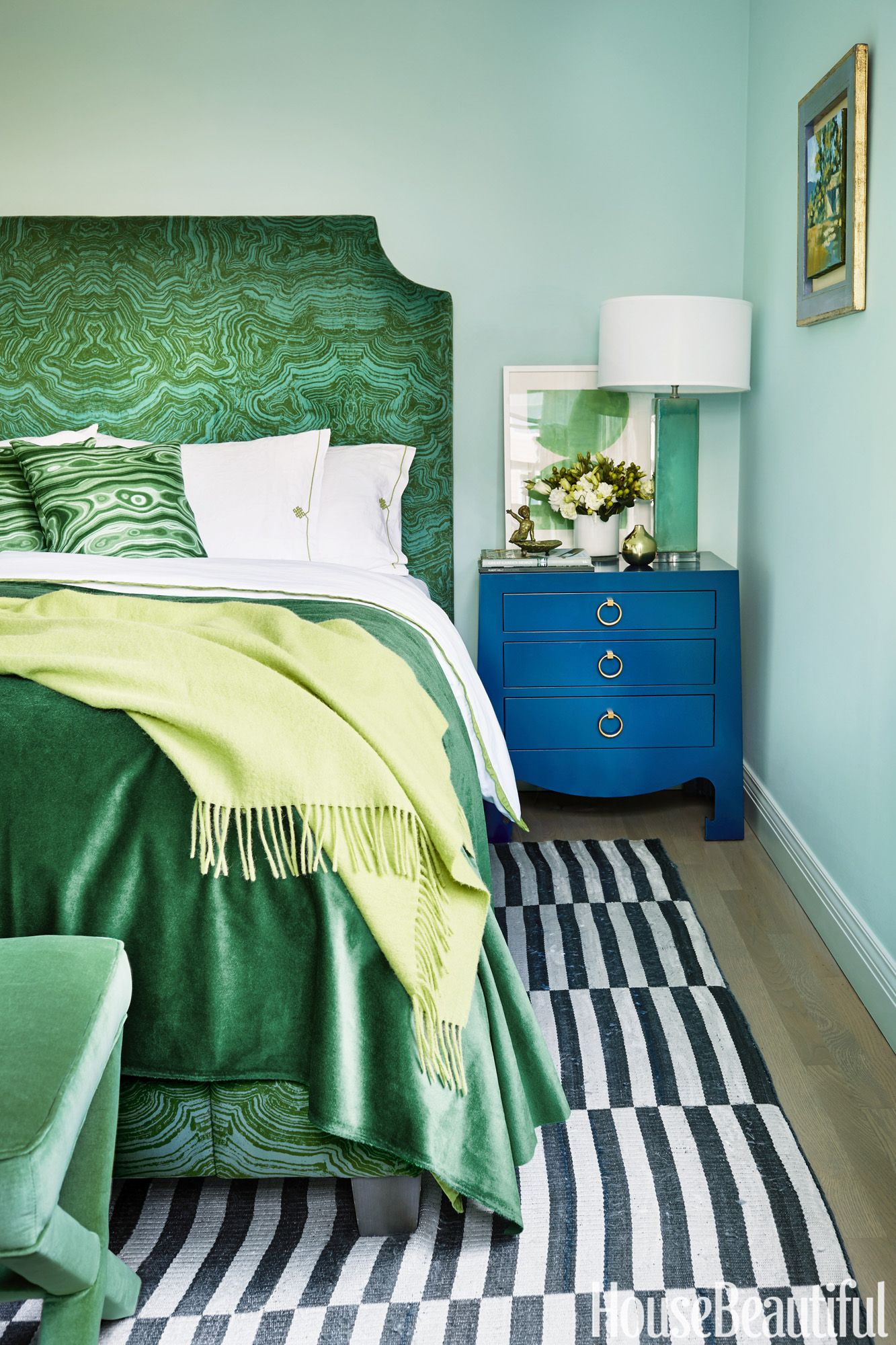 17 Dreamy Green Bedrooms - Best Decor Ideas for Green Bedroom
