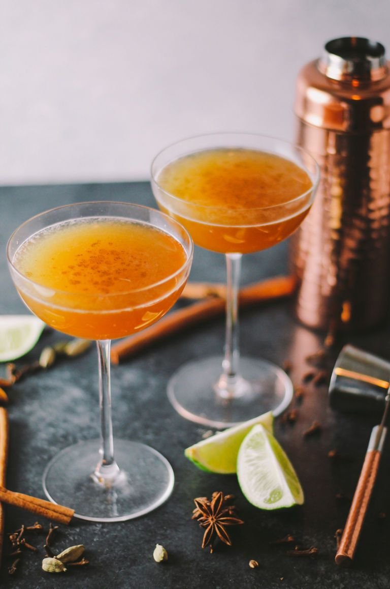 26 Thanksgiving Cocktails That Are Perfect for the Holiday