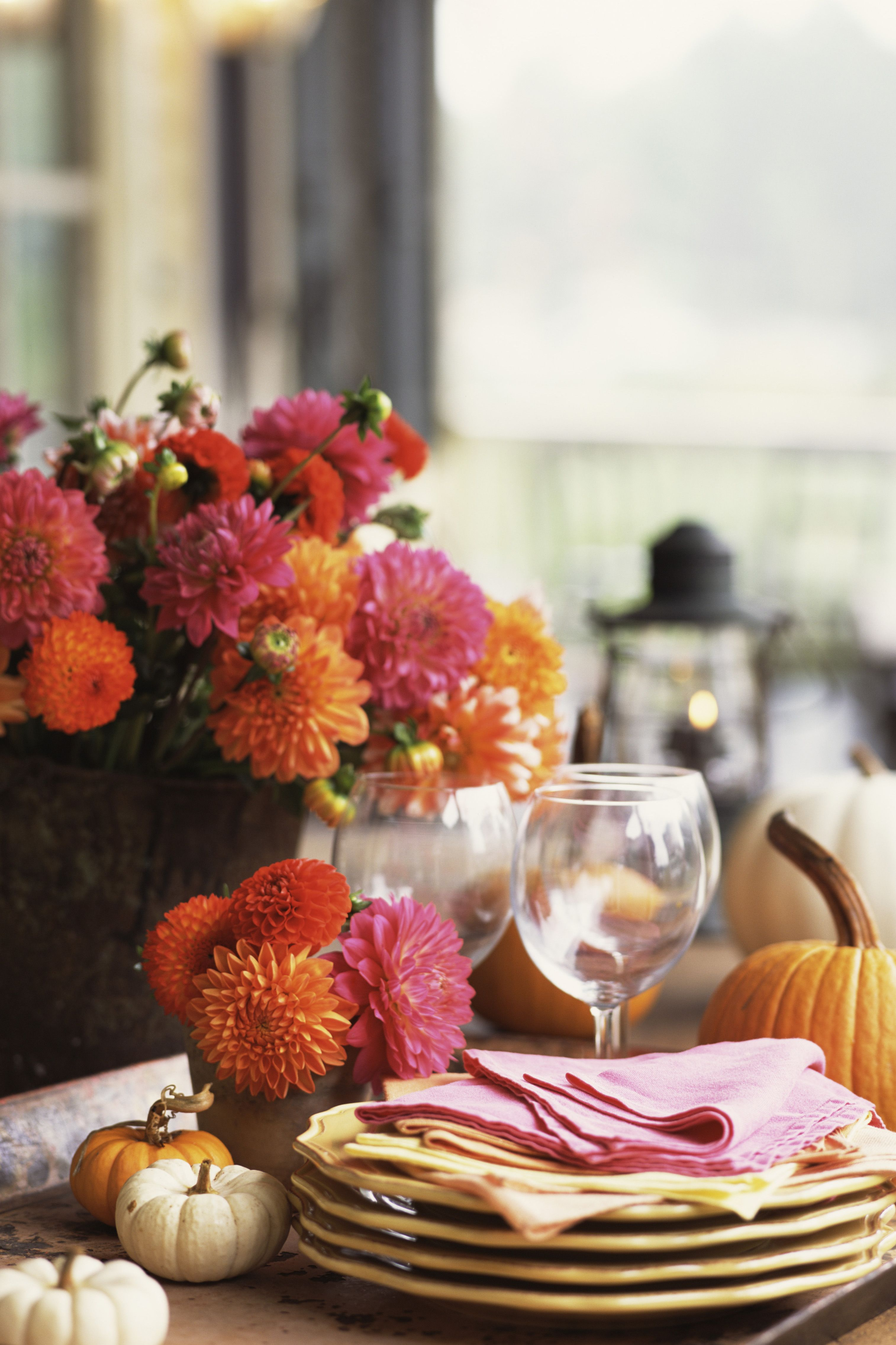Fall flower arrangements ideas for fall table centerpieces