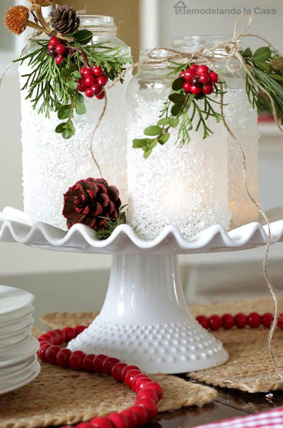 16 Best DIY Christmas Centerpieces - Beautiful Ideas for Christmas Table  Centerpiece - 16 Best DIY Christmas Centerpieces - Beautiful Ideas For Christmas