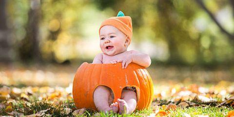 Child, People in nature, Pumpkin, Calabaza, trick-or-treat, Toddler, Winter squash, Orange, Baby, Autumn,