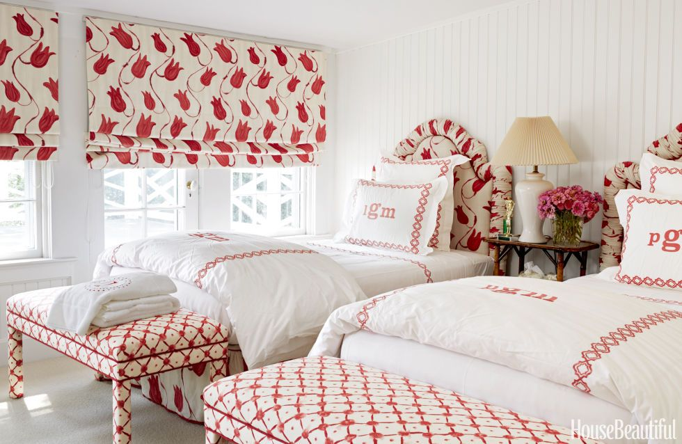 30 Red Decorating Ideas How To Decorate Rooms With Red