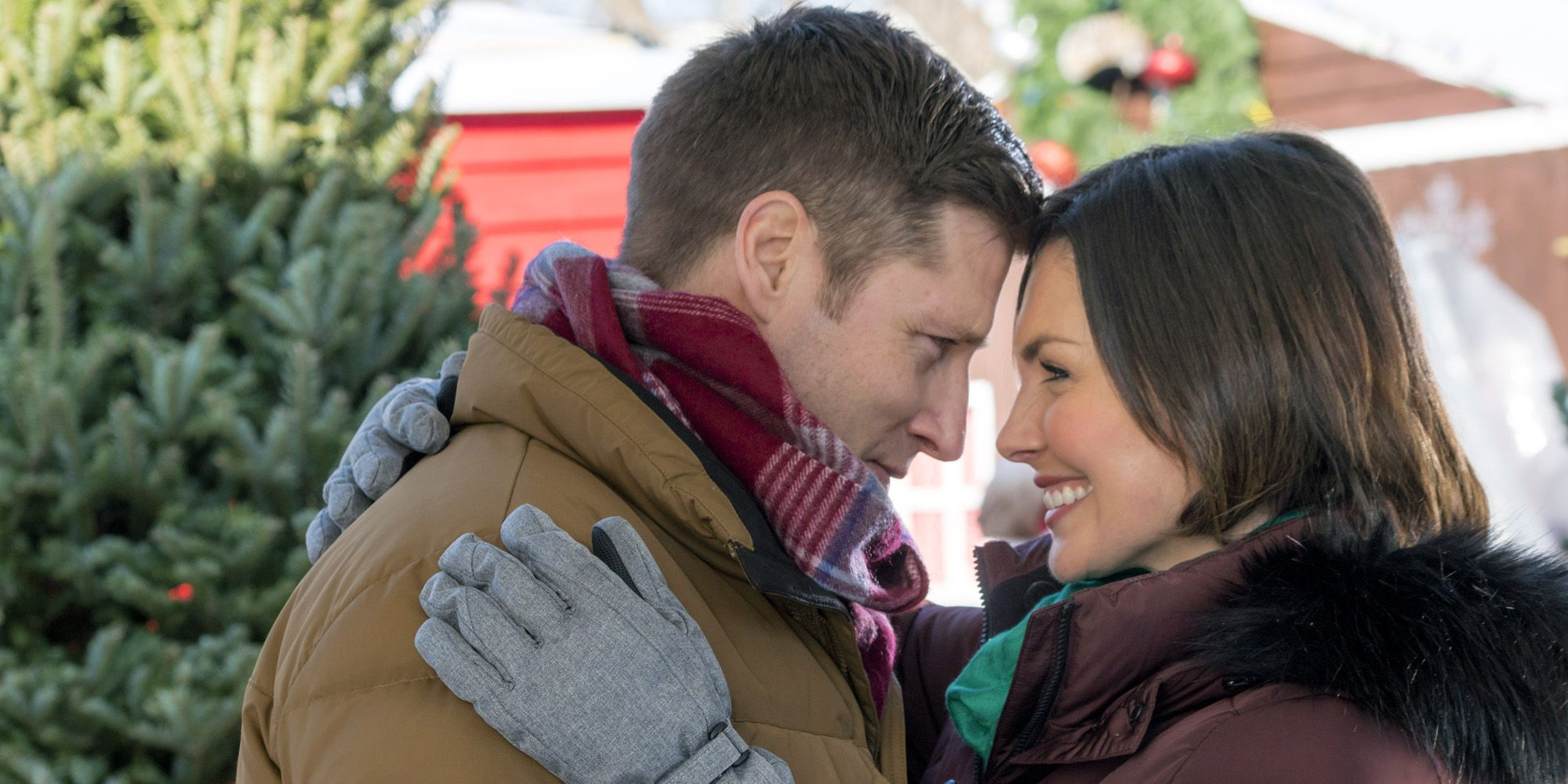 The Premiere Dates for Hallmark's 2017 Christmas Movies Are Here