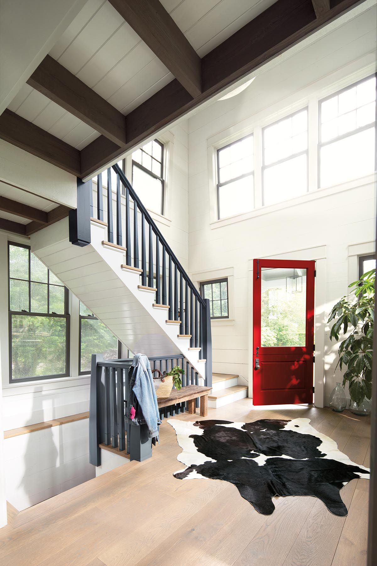 Benjamin Moore's 2018 Color of the Year Is Red Hot