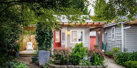 Home, Property, Residential area, House, Yard, Real estate, Building, Backyard, Garden, Estate,