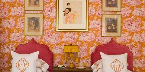 Room, Interior design, Textile, Wall, Interior design, Throw pillow, Pillow, Picture frame, Cushion, Lamp,
