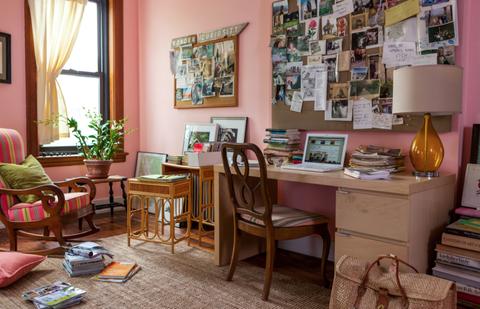 Room, Interior design, Table, Furniture, Interior design, Flooring, Lamp, Picture frame, Chair, Curtain,