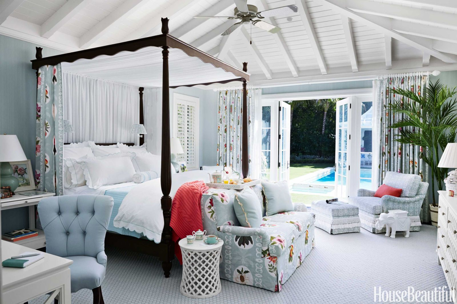 Picture of: 13 Canopy Bed Ideas Best Canopy Bed Designs