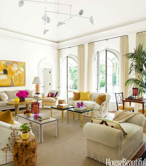 Beautiful Home Living Rooms: Living Room With Bold Color