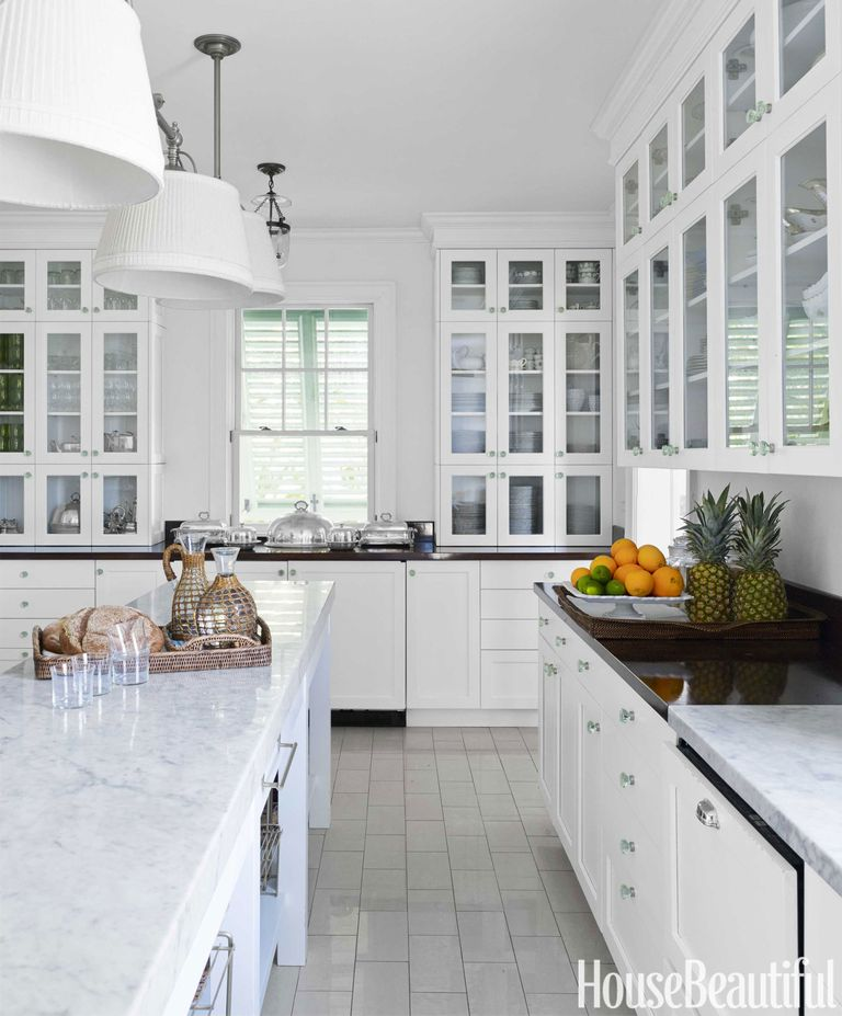 The Zhush Seven Inspiring White Kitchens: Amanda Lindroth Bahamas House