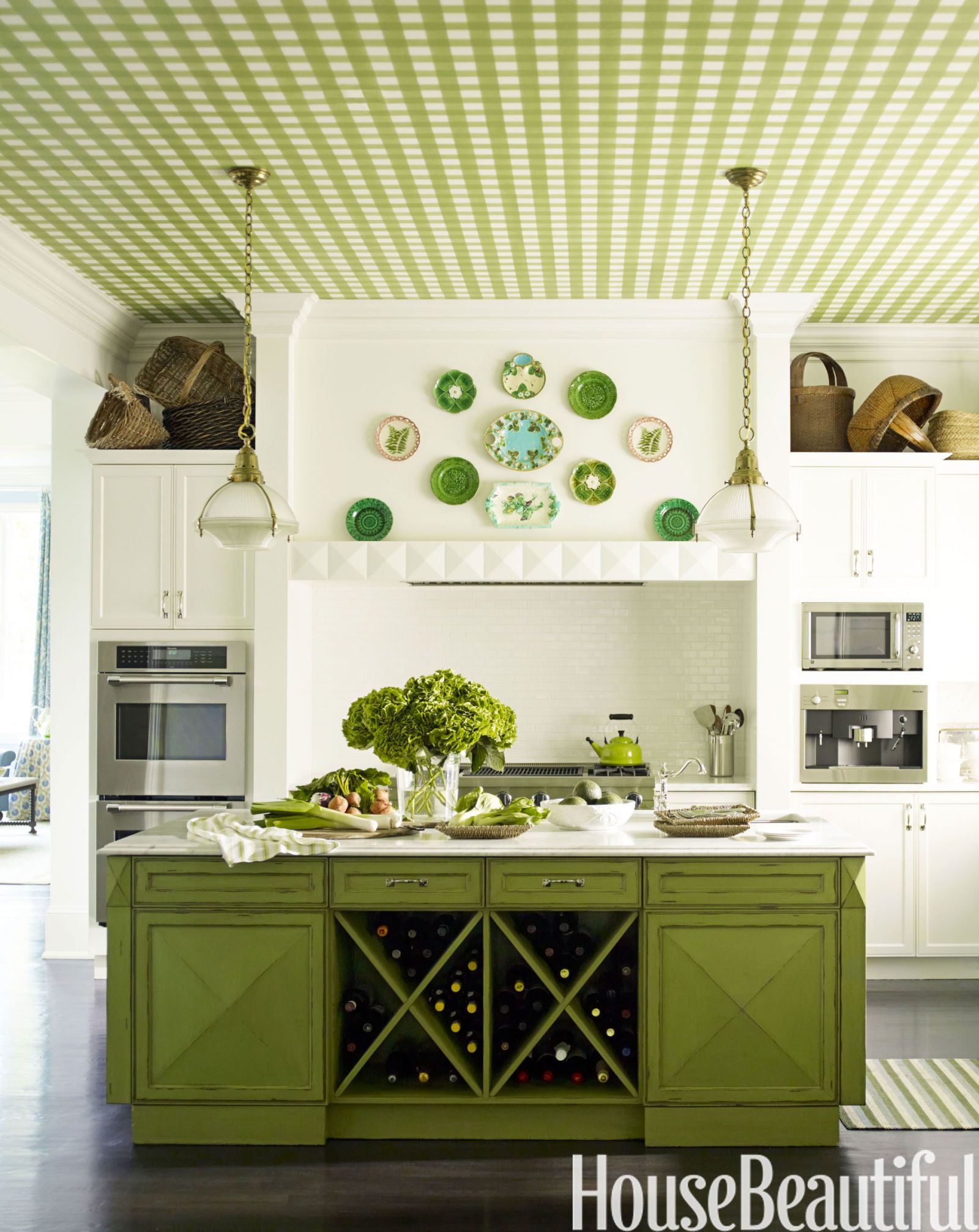 Kitchen With Green Gingham Ceiling