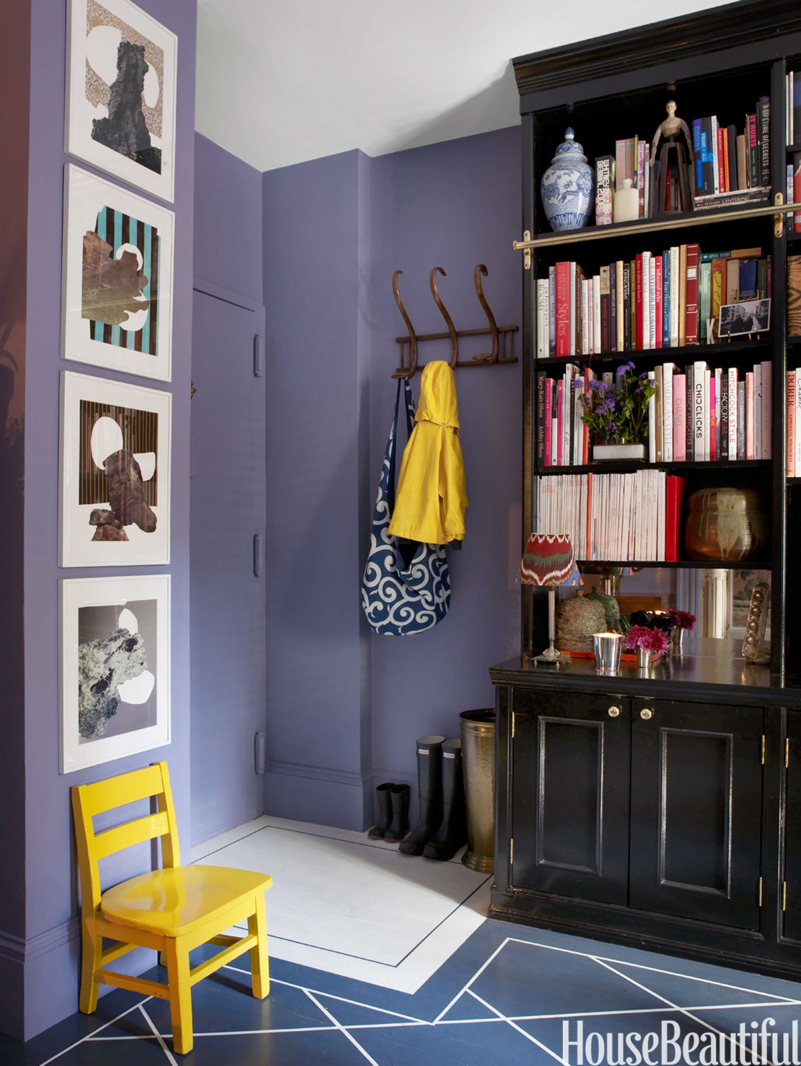 15 best colors for small rooms best paint tips for small spaces rh housebeautiful com Colors for Very Small Bedrooms Calming Bedroom Paint Colors