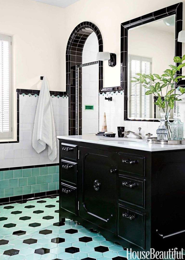 Bathroom With Colorful Tile - 1930s Bathroom Design