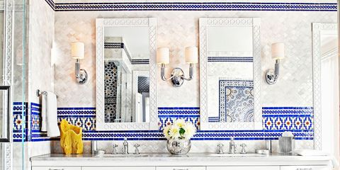 5 Most Popular Pins on Pinterest This Week: A Striped Bathroom, A Dramatic Entry,and More