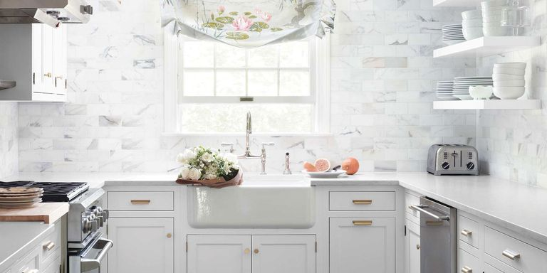 white kitchen decorating ideas. Calacatta Gold Marble Subway Tiles Classic White Kitchen  Decorating Ideas