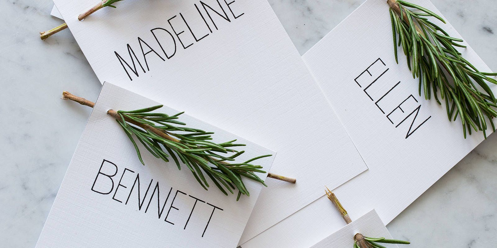 18 Creative DIY Place Cards For Your Turkey Day Table