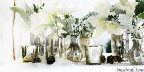 4 Stunning Floral Arrangements For Your Holiday Table