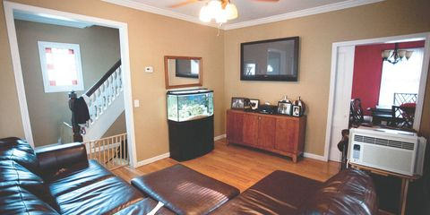BEFORE & AFTER: A Dull, Awkward Room Made Fabulous With Flea Market Finds