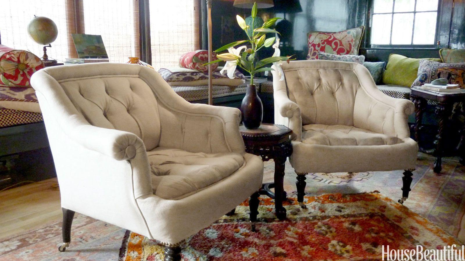 tufted napoleon III armchair