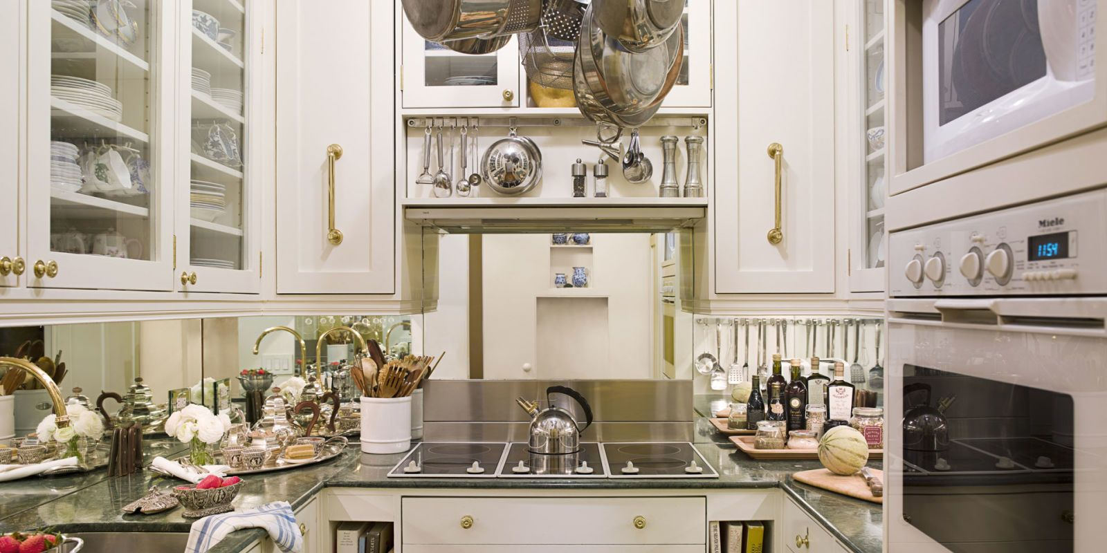 5 Most Popular Pins on Pinterest This Week: The Smallest Kitchen Ever, a Glamorous Dressing Room, and More