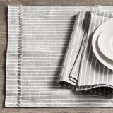 Serveware, Dishware, Photograph, White, Porcelain, Style, Monochrome photography, Black-and-white, Monochrome, Black,