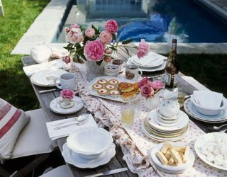 tea party table setting