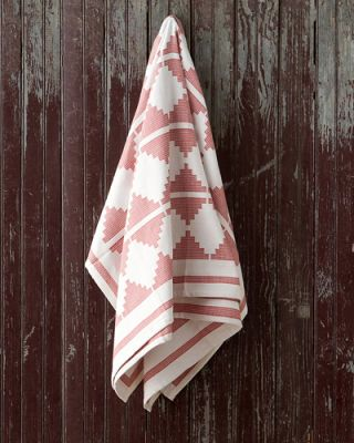 Wood, Textile, Pattern, Linens, Hardwood, Maroon, Pattern, Triangle, Home accessories,