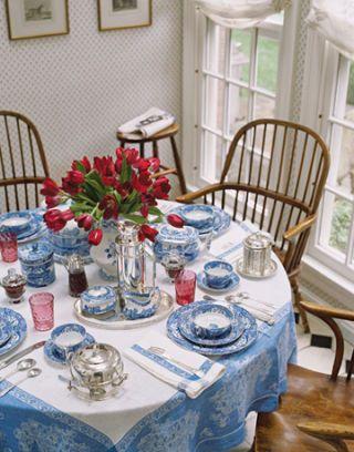 New Romantic Breakfast Nook
