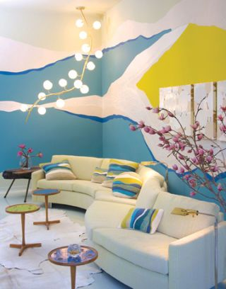 Living Room with Decorative Wall Finish