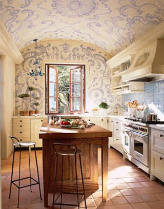 Romantic kitchen featured in May 2007 issue.