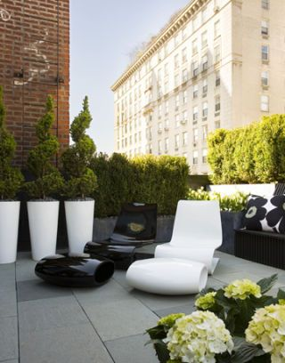 Contemporary Rooftop Terrace
