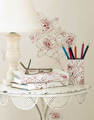Wallpaper Remnants Decorating Ideas With Wallpaper
